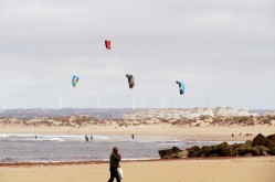 Kiteboarding in Peniche (not us)